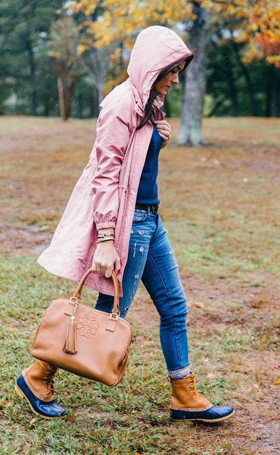 Classy Girls Wear Pearls: Let there be Rain {Great rainy outfit once I get my Bean Boots}