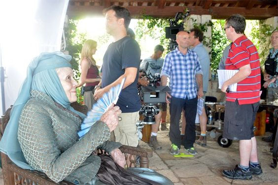Behind the scenes&Bloopers - Page 3 A42fec8ff1b901b260ee2e22d4019c5a