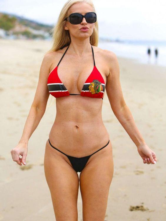 Alice Braga In Bikini
