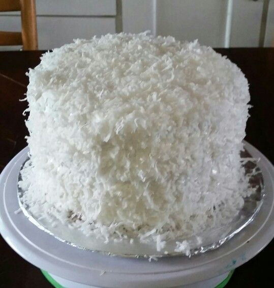 Lemmon coconut cake