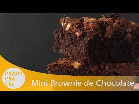 Vídeo com receita de brownie de chocolate que rende apenas 4 pedaços. Ótimo para quem mora sozinho.