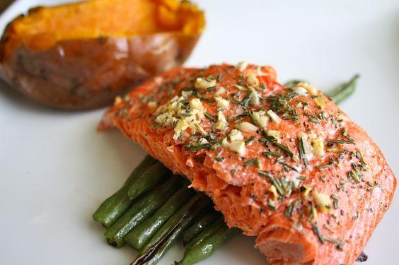 Rosemary & Garlic roasted salmon: Salmon Perfect, Roasted Salmon, Salmon English, Salmon Delish, Garlic Salmon, Food Drink