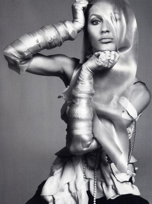 Rubber Soul | Gisele Bundchen | Steven Meisel #photography | Vogue Italia December 2010