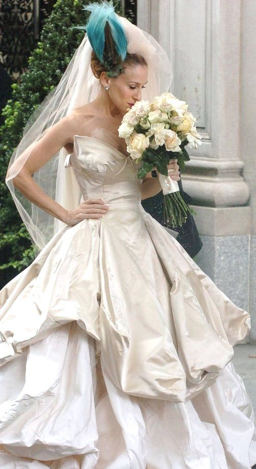 27++ Viviene westwood wedding dress information