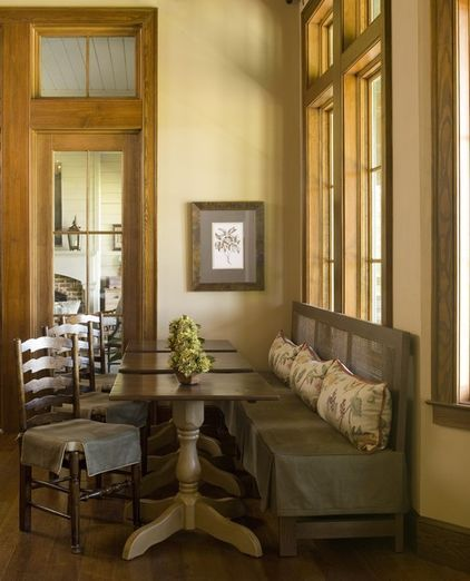 traditional dining room by Yvonne McFadden LLC