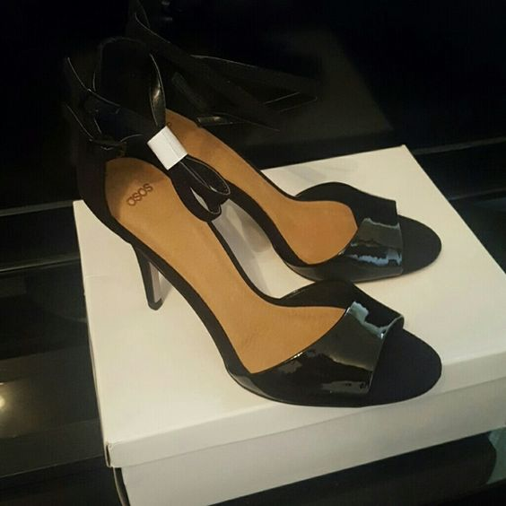 Black HEAD TURNER HEELED SANDALS ASOS Sz 8 us 7uk NWB DOUBLE ANKLE STRAP SUEDE BACK AND LEATHER FRONT NEVER WORN ASOS Shoes Heels