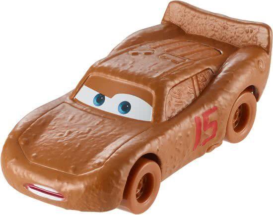 Disney Cars 3 die cast Bliksem McQueen 1:55