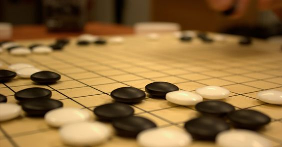 Following Artificial Intelligence Breakthrough, European Go Champion Loses Against Computer