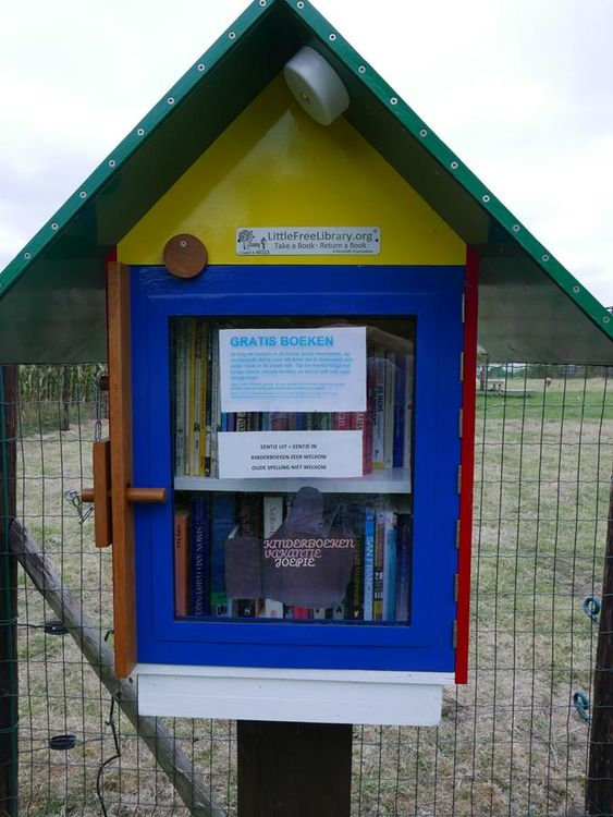 Little Free Library Merelbeke 2