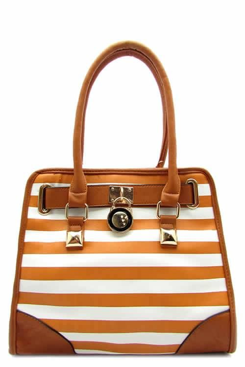 This striped tote bag would look great by the bay, the beach or on the boardwalk.
