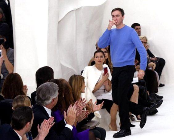 """""""Em cinco anos, provavelmente vão me expulsar [da Dior]"""", dispara Raf Simons"""