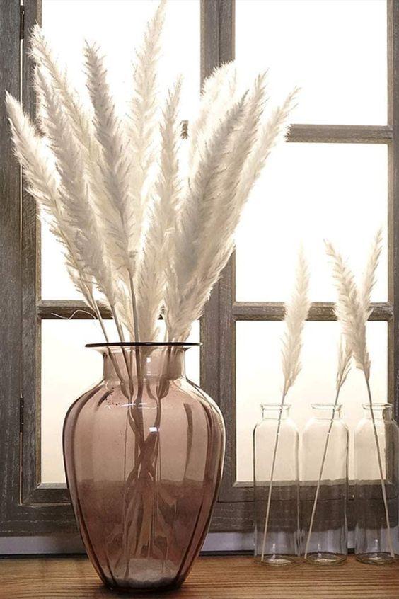 Natürliches Pampasgras Trockenblumen, sieht sehr realistisch und schön aus.100% natürliche, giftfreie und harmlose, perfekt für die Dekoration von Wohnzimmer, Schlafzimmer, Büro, Hotel, Café, Restaurant, Garten, Fensterbank, Esstisch, Couchtisch usw... *Pin enthält Werbelinks