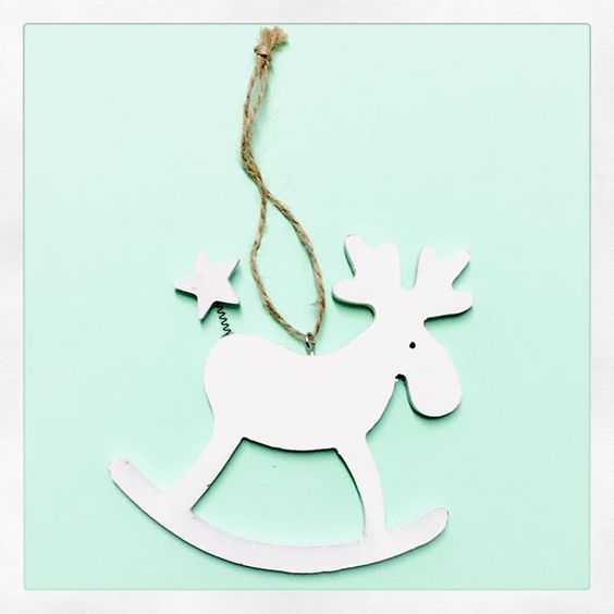 Pon un reno en tu vida!por qué ?? Porque ya huele a Navidad 🎄👏👏👏👏👏 pásate por nuestra sección navideña llena de boniteces! www.numashop.es #navidad #navidad2016 #decoracionnavideña #reno #christmasdecorations #decor #numa_shop