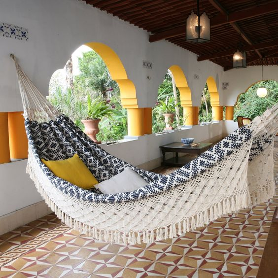 XL Navy Jacquard Hand Woven Brazilian Hammock--This looks really comfy!