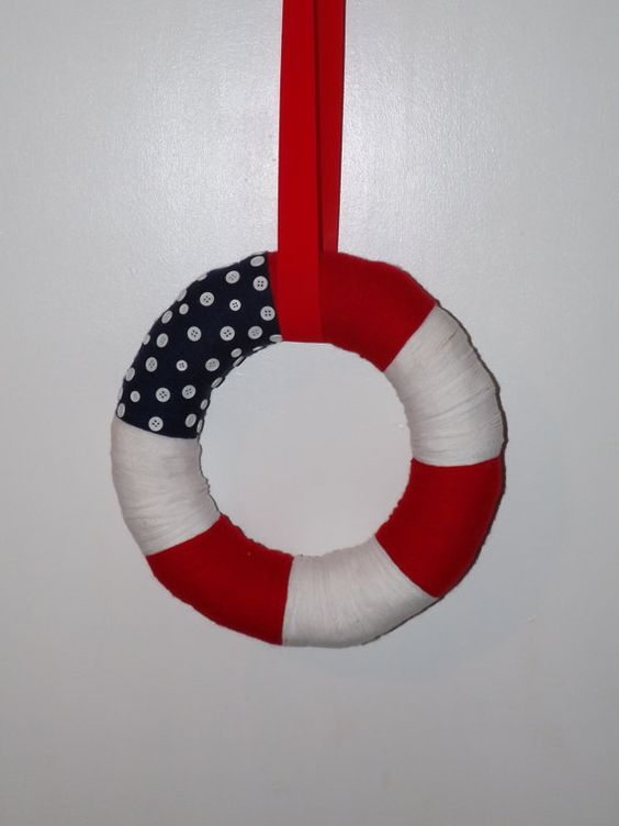 4th of July Yarn Wreath Patriotic Yarn Wreath by NWCreativeCouple