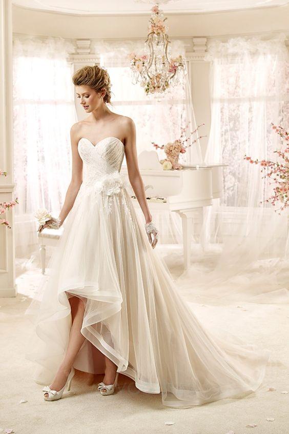 Robe de mariée a-ligne de cache-cœur en tulle courte devant longue ...
