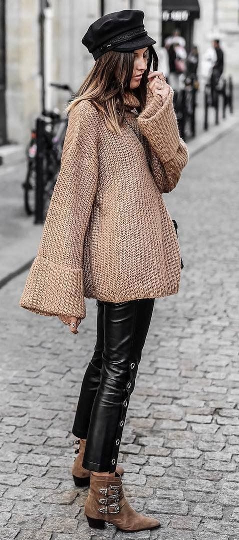 30 Winter Street Style Ideas You Should Try | tricot | Vestiti