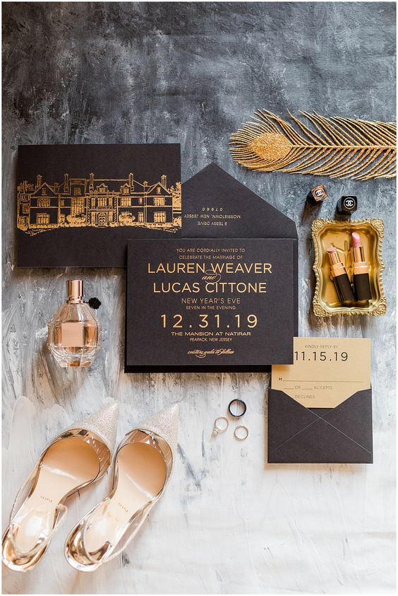 Stunning Black and Gold Theme Ideas to Use in Your Wedding, a4578074bcb8521f3b7f118734f9b32f