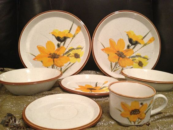 mikasa day lilies dimensions bone china dishes by callalilliesbiz vintage stoneware. Black Bedroom Furniture Sets. Home Design Ideas