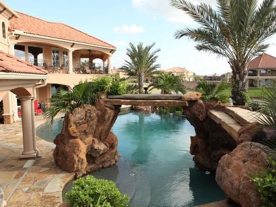 "As seen on HGTV's ""Amazing Water Homes""--> http://hg.tv/14ui7: Homes Hgtv, Hgtv S Amazing, Amazing Pools, Amazing Water, Awwwwwwsome Pools"