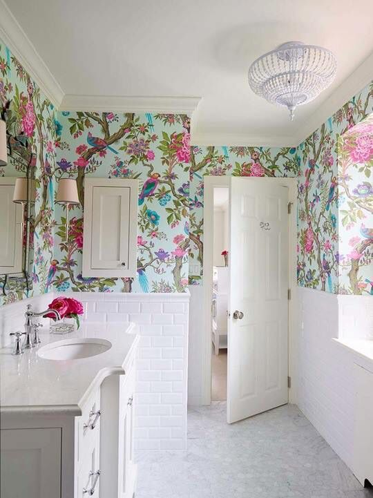 May Be A Little Crazy But I Really Like This Wallpaper Bathroom Design Small Small Bathroom Wallpaper Bathroom Red