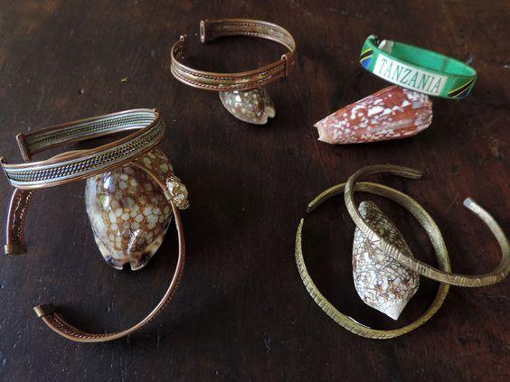 6 Masai bracelets de la boutique DLVjewells sur Etsy