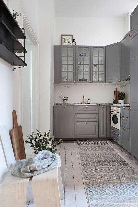 Cozinha, quarto e área de trabalho em um - via cocolapinedesign.com
