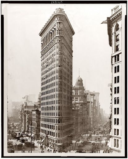 Flatiron Building, NY 1919. De mi novela DELICIAS Y SECRETOS EN MANHATTAN