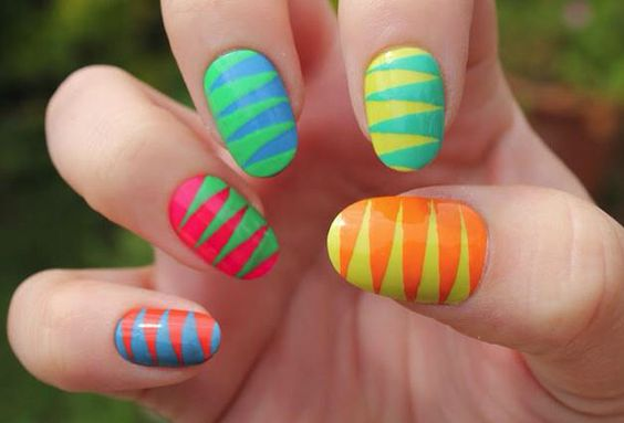 Cool design!! Ithese nails!