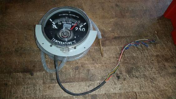 Float Level Switches Magnetrol Inc Instrument Pinterest - Qualitrol liquid level gauge wiring diagram