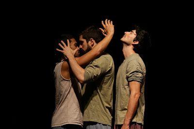"""10/08 ♥ """"Proibido Amar"""" faz estreia no Teatro Augusta ♥   http://paulabarrozo.blogspot.com.br/2016/08/1008-proibido-amar-faz-estreia-no.html"""