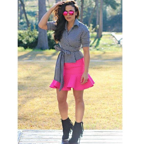 Asos pink Skirt Size US6 Never worn  Pink ASOS skirt size US6 UK10 EU38. Never worn. Bought wrong size. ASOS Skirts Circle & Skater
