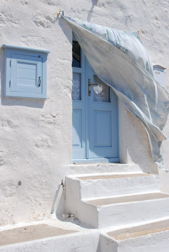 #TheJewelleryEditorLoves the pastel blues and whites. Oh how we would love to live here. #travel