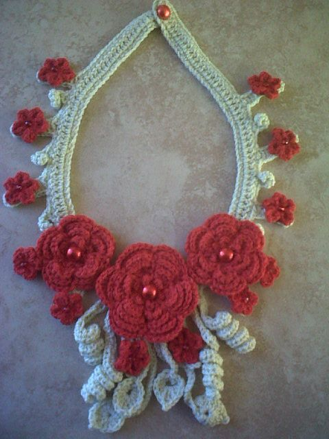 Collar de flores Crochet