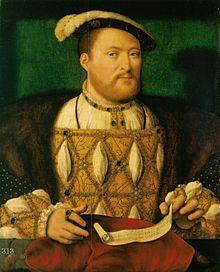 Portrait d'Henri VIII par Joos van Cleve, vers 1531 Portrait d'un homme joufflu avec une courte barbe rousse. Il porte un ample manteau ordé de joyaux avec des brodures dorées