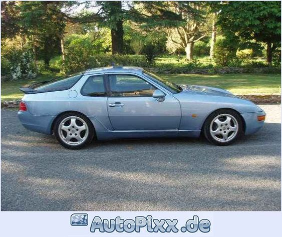 Blauer Porsche 968