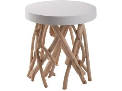 Hol Dir den Wald in Dein Zuhause! Dieser originelle Beistelltisch hat Beine aus unbearbeiteten Mangoholzzweigen.