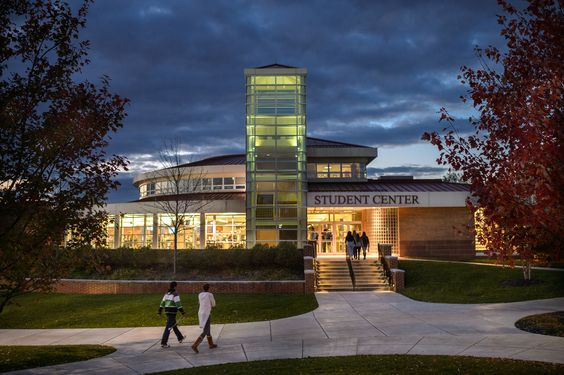 #Alvernia's campus is even beautiful at night! The evening is also a perfect time to grab some dinner from the main dining hall in the Student Center!