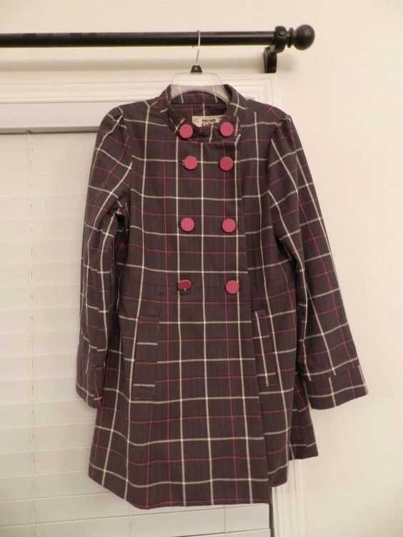 Zumiez Plaid Coat in MissEsas Garage Sale in Warrenville , IL for $25. Never worn, no tags Size L 25