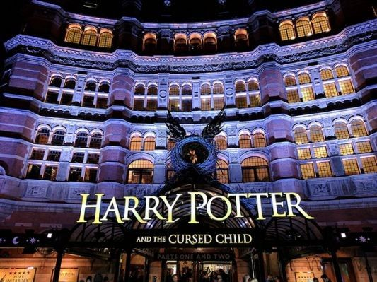 Pin By Diane Bandonis On Theatre Stage In 2020 Weekend In London Visit London Harry Potter Tour