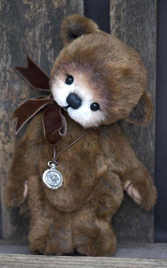 teddy bear (via melusineh)
