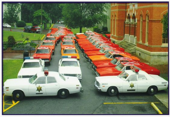 Dukes of Hazzard General Lees and Sheriffs cars