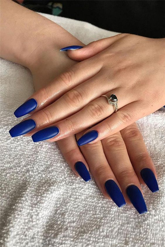 Pin Donisiavashan In 2020 Blue Nail Art Designs Blue Acrylic Nails Blue Nail Art