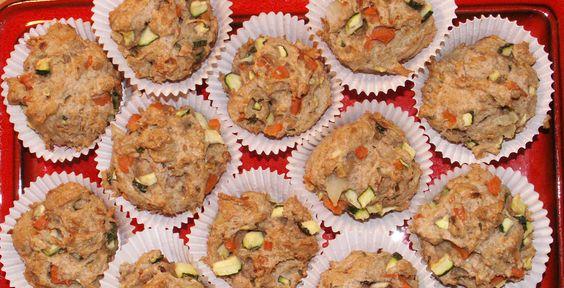 Gemüse-Muffins - An stressigen Uni-Tagen benötigt der Körper ausreichend Energie. Die TK kennt ein Rezept für gesunde Snacks: Gemüse-Muffins.