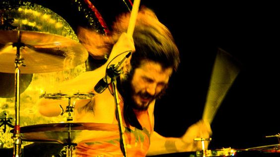 """John Bonham of Led Zeppelin (May 31, 1948 – September 25, 1980). Led Zeppelin guitarist Jimmy Page once stated that drummer John Bonham showed up """"pretty tipsy"""" to a rehearsal session with the band on the afternoon of September 25, 1980. Actually, """"tipsy"""" is putting it lightly. Over the course of 12 hours, Bonham ingested 40 shots of vodka, and died of a pulmonary edema caused by inhaling his vomit in his sleep."""