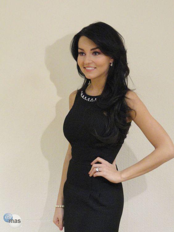 Angelique Boyer _Mejor vestuario original TvyNovelas 2015 por CEA