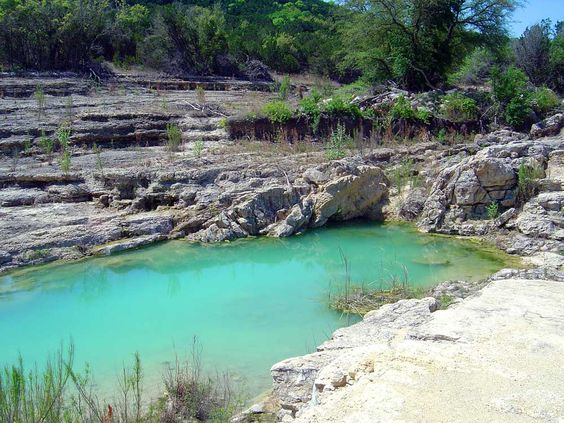 Canyon Lake gorge, Texas - dinosaur footprints, fossils, and faults - tour requires reservations but worth it