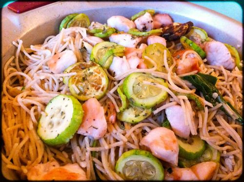 The site is back, up and running again! Starting with this recipe: Lemon Linguine with Chicken and Zucchini