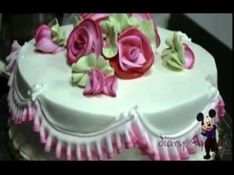 Membuat Hiasan Kue Ulang Tahun Pernikahan Motif Bunga Youtube Kue Ulang Tahun Pernikahan Hiasan Kue Ulang Tahun