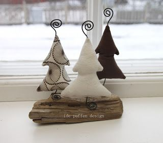 ide-puffen: Siste par ut. I don't know what is said at the site but I think these are adorable.  There is a picture of Christmas trees also